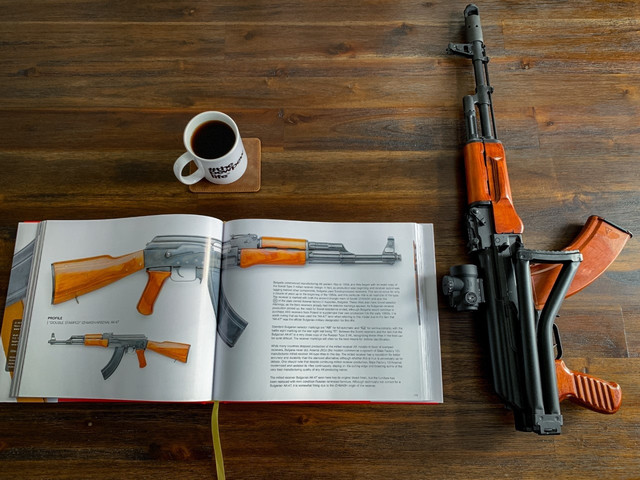 sam7-sf-coffee-LAV.jpg
