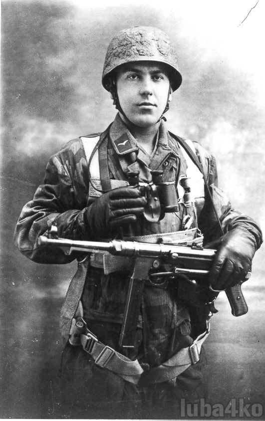 german_soldier_with_mp40_by_luba4ko_d1qs