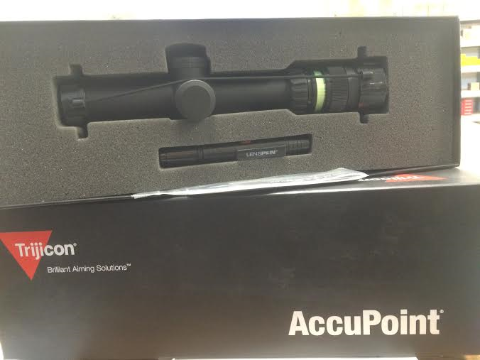 Trijicon TR20-2 Accupoint.png