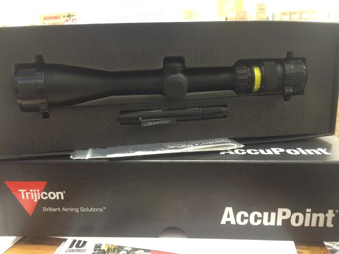 Trijicon TR24G Accupoint.png