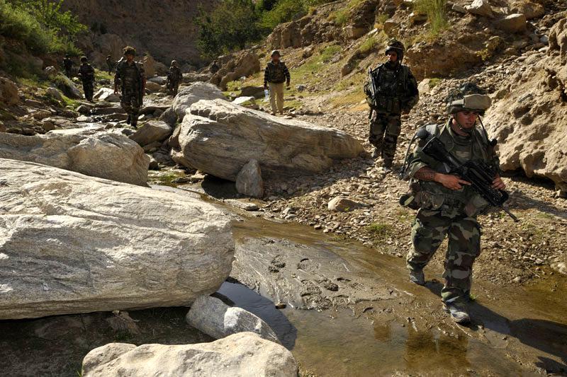 FAMAS_Afghan1.jpg