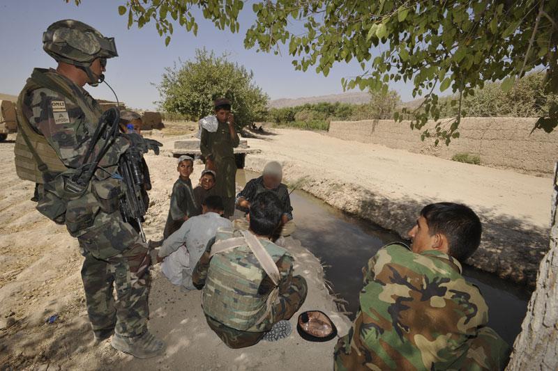 FAMAS_Afghan12.jpg