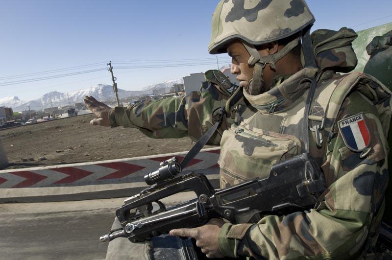 FAMAS_Afghan5.jpg