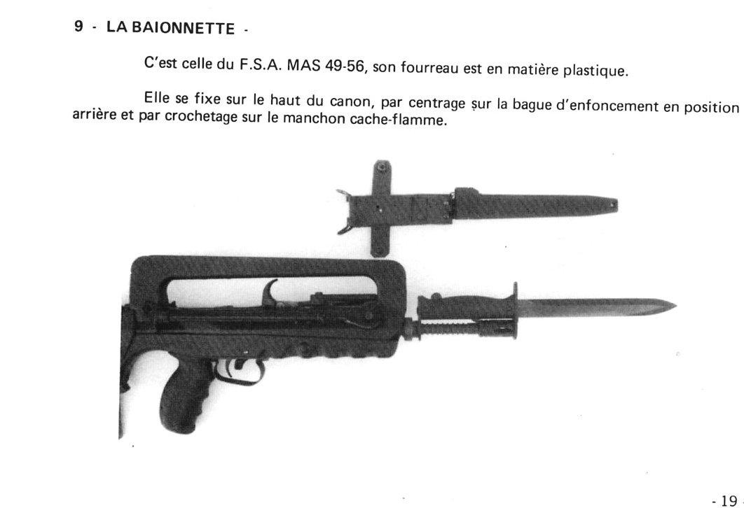 FAMAS_BayonetAttachment.jpg