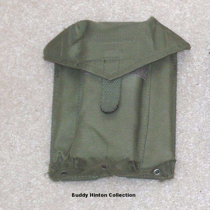 FAMAS_MagPouch3Type1.jpg