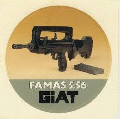 FAMAS_StickerGiat.jpg