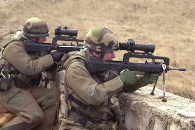 FAMAS_in_action_131.jpg