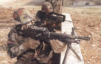 FAMAS_in_action_146.jpg