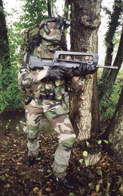 FAMAS_in_action_149.jpg