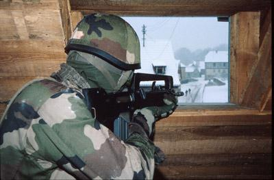 FAMAS_in_action_180.jpg
