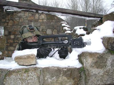 FAMAS_in_action_188.jpg
