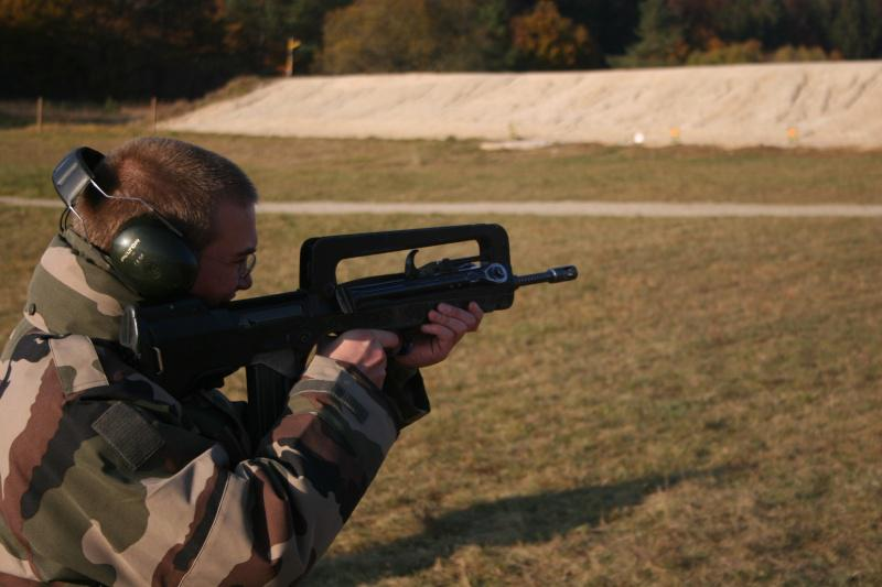 FAMAS_in_action_289.jpg