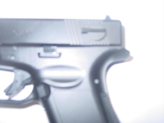 GLOCK 18 MACHINE PISTOL 005.JPG