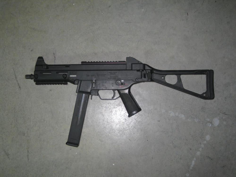 HK UMP45.JPG