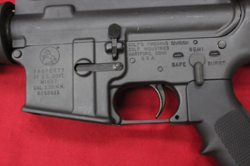 colt m16a2 receiver pic.jpg
