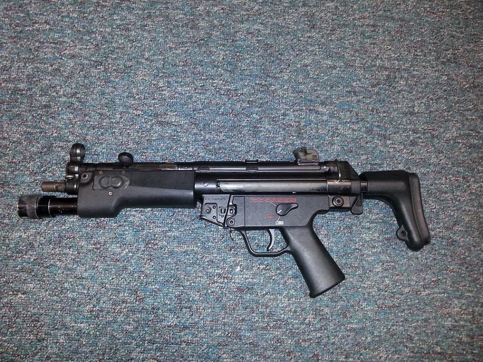 HK MP5A3 W SUREFIRE 62-350331- SOLD.jpg