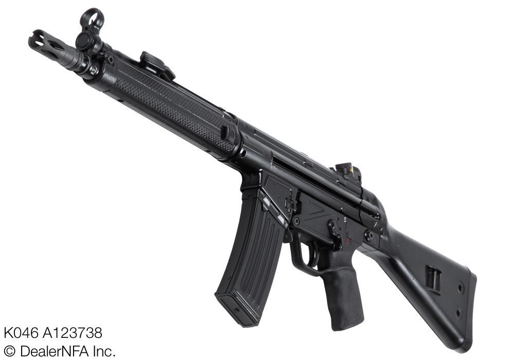 HK33k-K046_A123738 - 3@2x.jpg