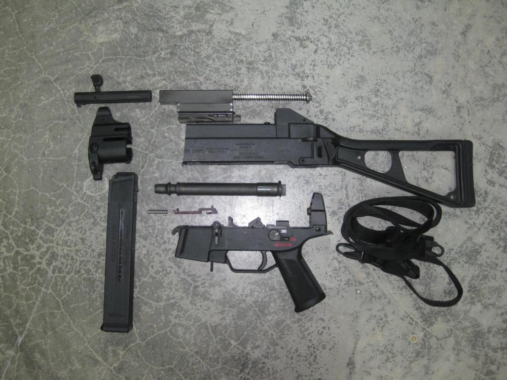 HK UMP45 Kit.JPG