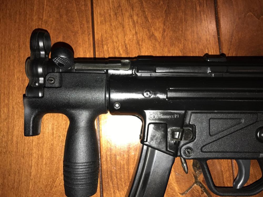 MP5K_F.jpg