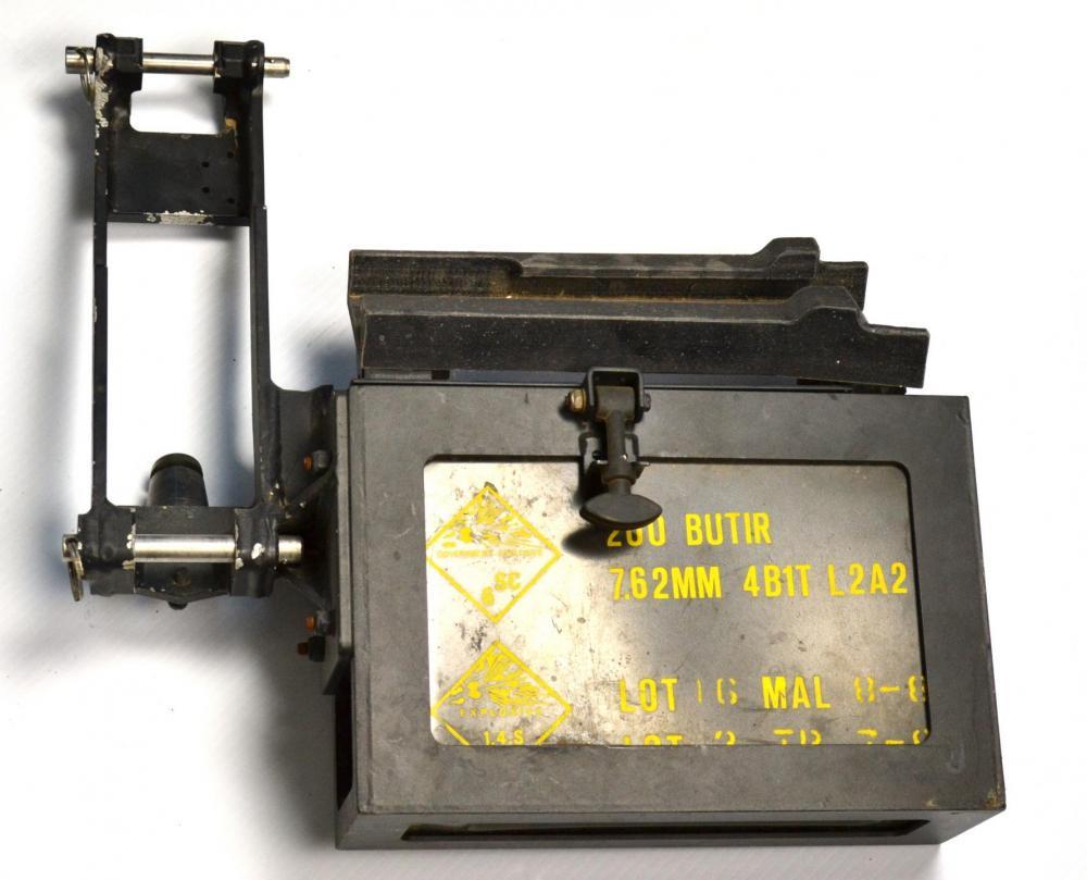 machine gun mount 11.JPG