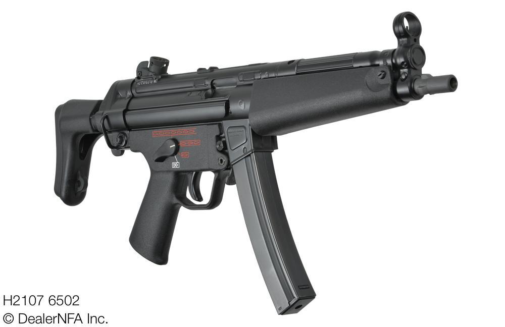 H2107_6502_MP5A3_4-Pos - 3@2x.jpg