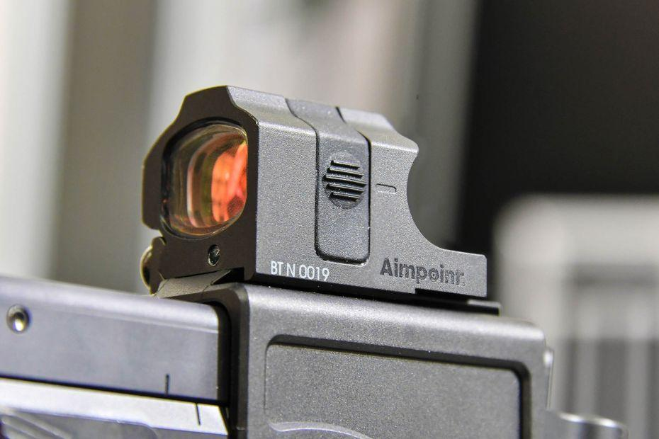Aimpoint-nano-and-BT-USW-pistol.jpg