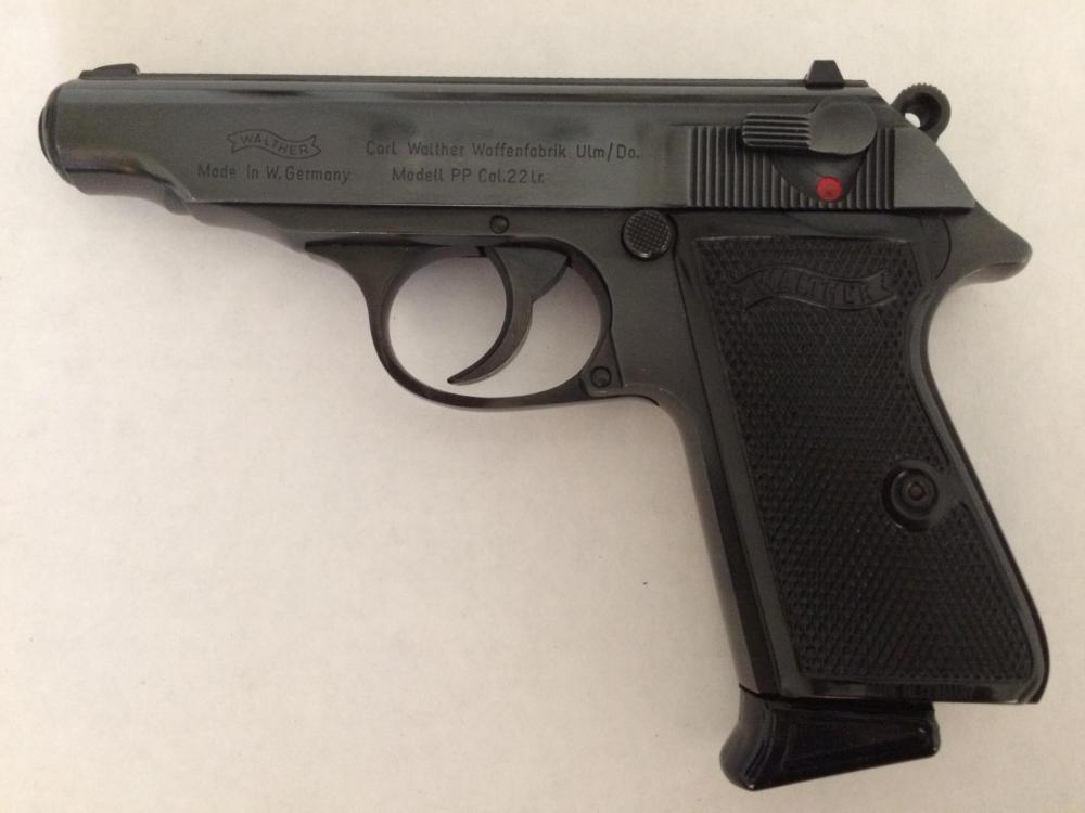 Walther PP 22LR (left).JPG