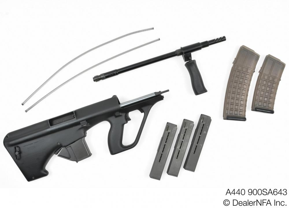 A440_900SA643_Qualified Manufacturing_Steyr_AUG - 004@2x.jpg