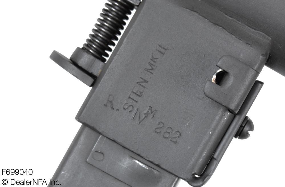 F699040_C&R_Sten_MKII_WWII_British - 004@2x.jpg