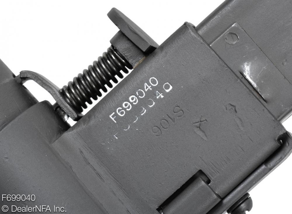 F699040_C&R_Sten_MKII_WWII_British - 005@2x.jpg