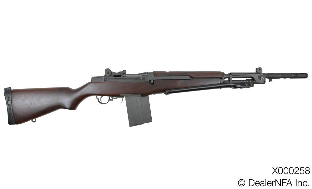 X000258_Sprinfield_Armory_Beretta - 02@2x.jpg