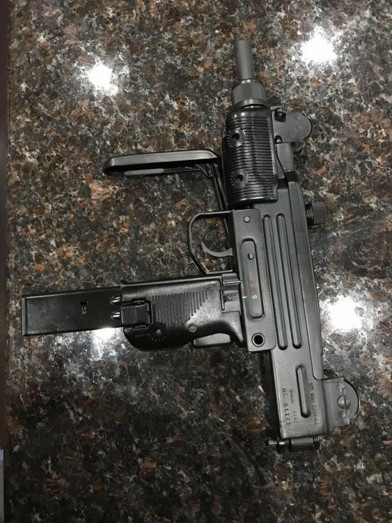 IMI Mini Uzi Left Side Pic 6.4.18.jpg