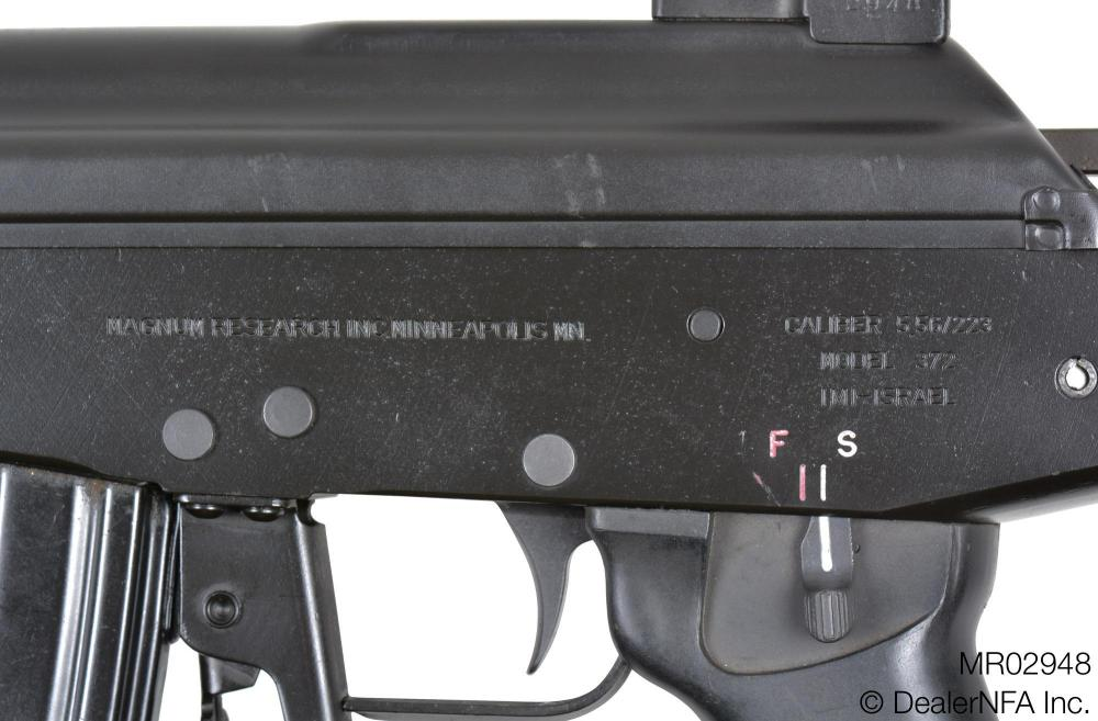 MR02948_Israel_Military_Industries_Galil_372 - 004@2x.jpg