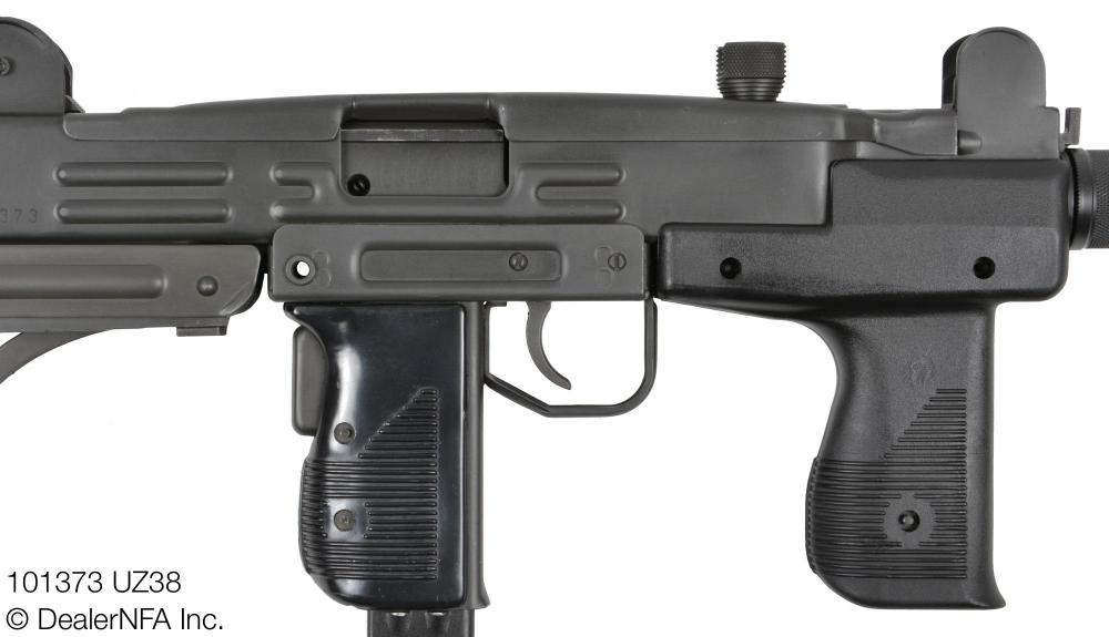 101373_UZ38_UZI_Group_Suppressor - 003@2x.jpg