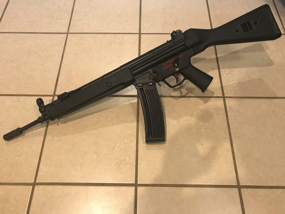 HK33A3.jpg