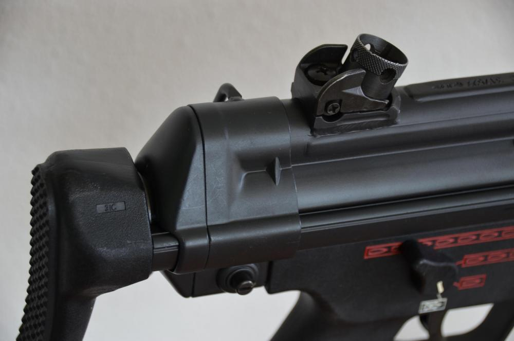 MP5 Three con 02.jpg