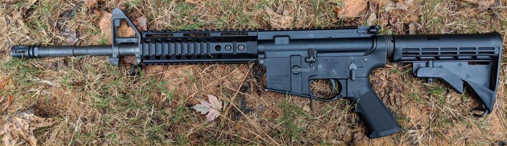EAm16-RifleLeftSide.jpg