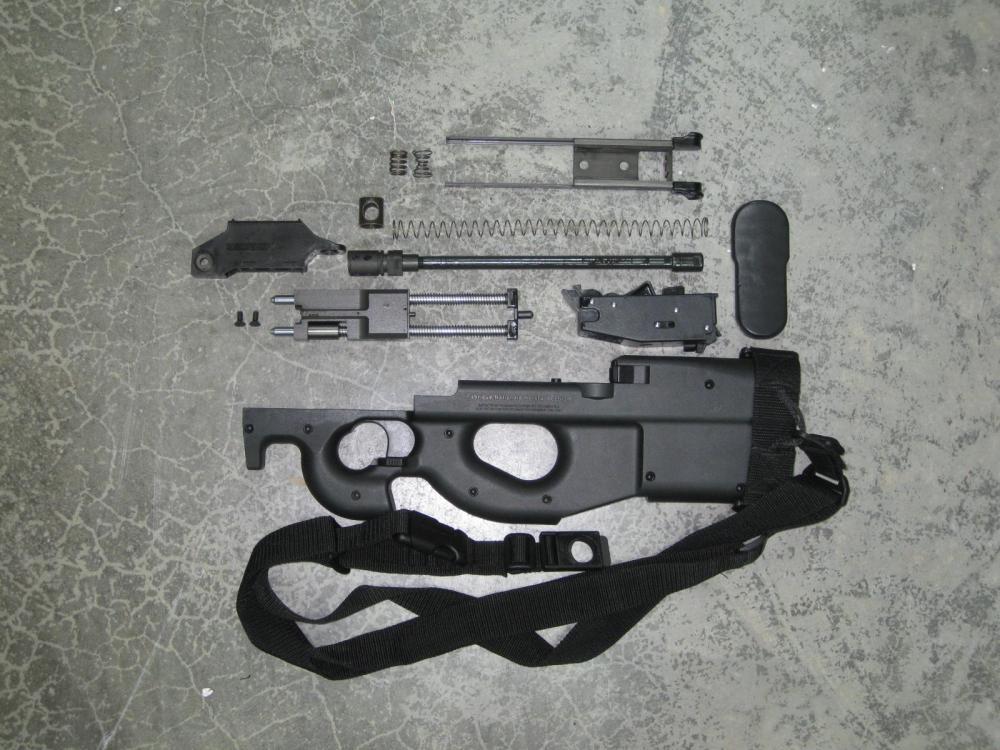 FN P90 Kit Excellent.JPG