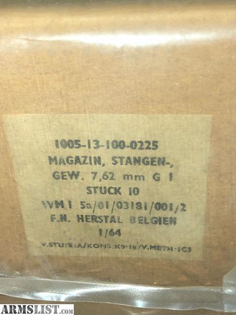 9001906_05_1964_rare_sealed_factory_pack__640.jpg