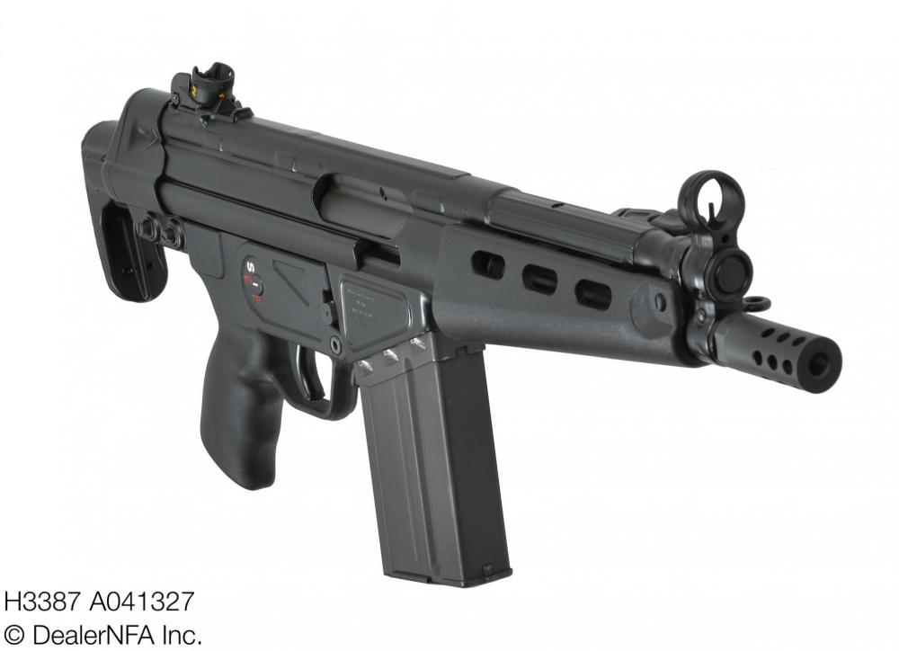 H3387_A041327_Fleming_Firearms_HK_Heckler_Koch_51 - 003@2x.jpg