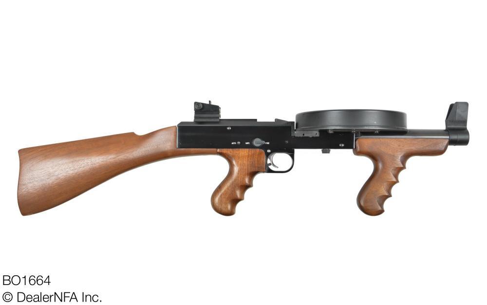 BO1664_American_Arms_American_180 - 002@2x.jpg