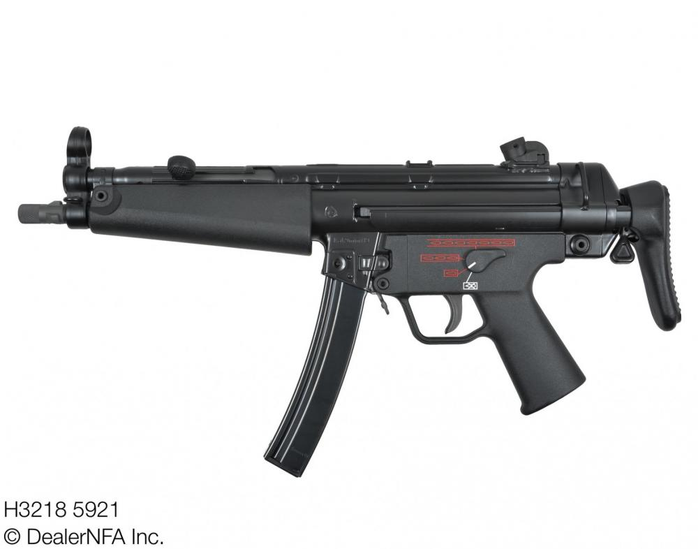H3218_5921_Fleming_Firearms_HK_HKMP5N - 002@2x.jpg