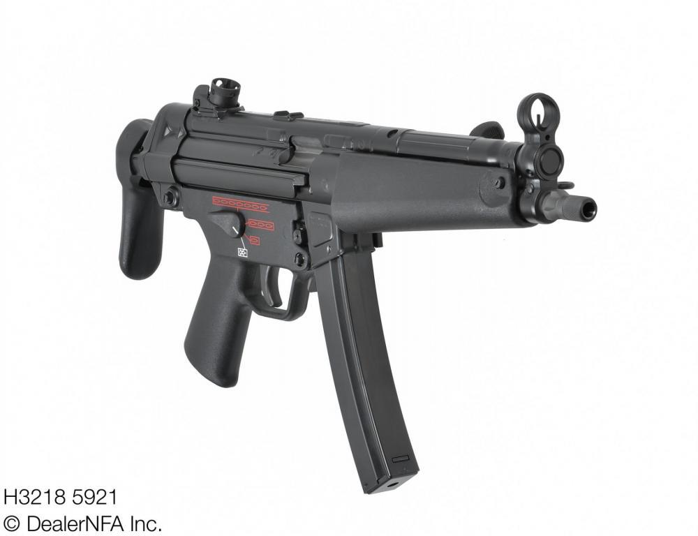 H3218_5921_Fleming_Firearms_HK_HKMP5N - 003@2x.jpg