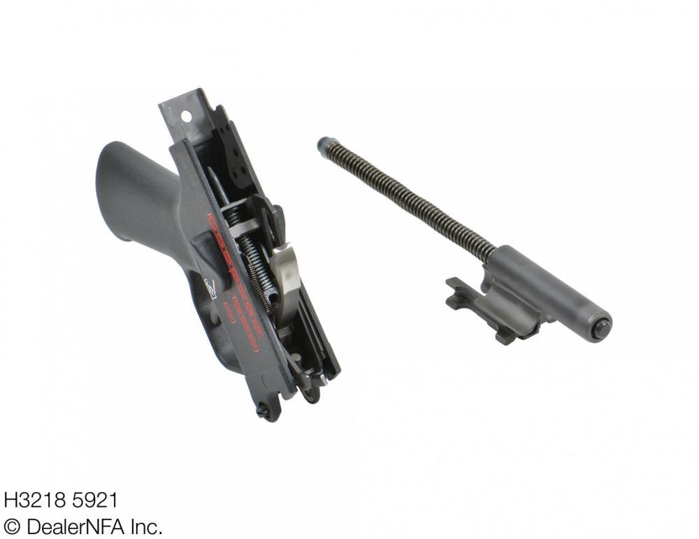 H3218_5921_Fleming_Firearms_HK_HKMP5N - 004@2x.jpg