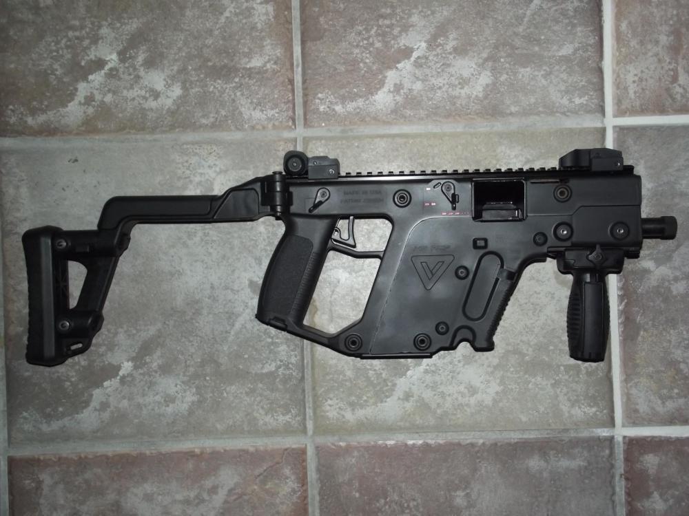 FN G1 011.JPG