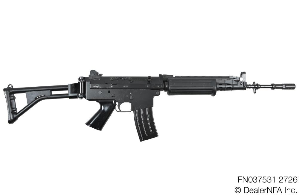 FN037531_2726_FNC_SH_Arms - 001@2x.jpg