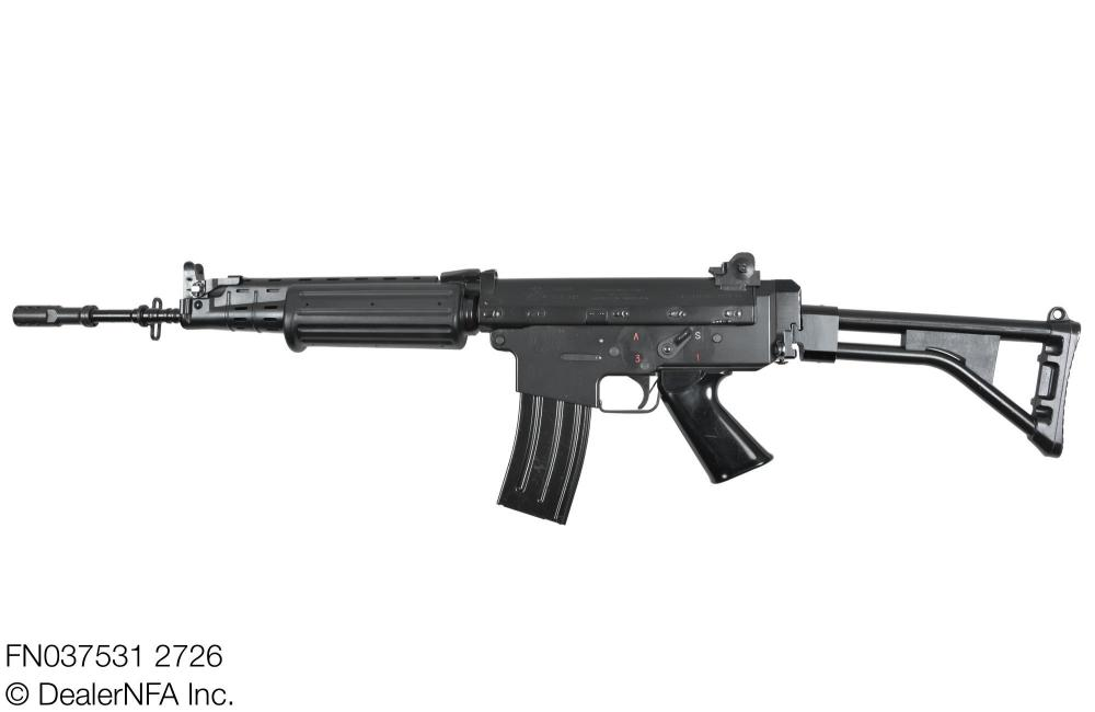 FN037531_2726_FNC_SH_Arms - 002@2x.jpg