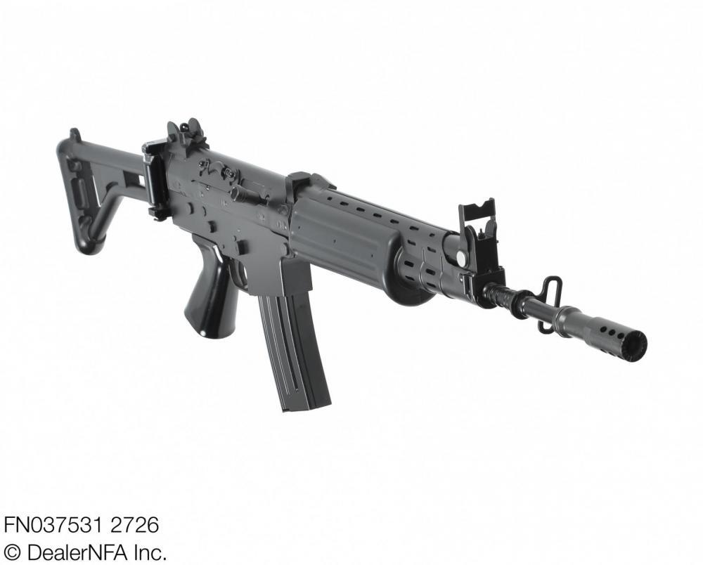 FN037531_2726_FNC_SH_Arms - 003@2x.jpg