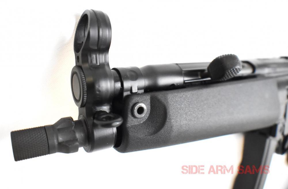 MP5-SBR-Attache 12074-5.jpg