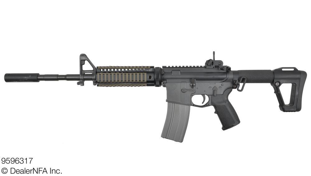 9596317_Colt_M16A1 - 002@2x.jpg